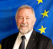 Manfred Neun Photo with European Flag.jpg