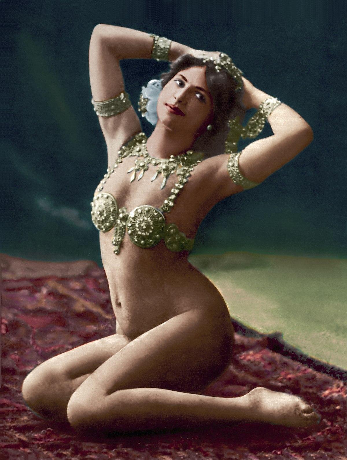 El Alfa Wiki >> Mata Hari - Wikipedia
