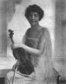 Maud Powell violin 1920.png