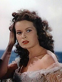 Maureen O'Hara elokuvan The Black Swan trailerissa (1942)