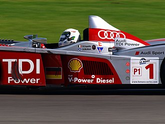 Silverstone Circuit - Allan McNish driving the Audi R10 during the 2008 Le Mans Series race