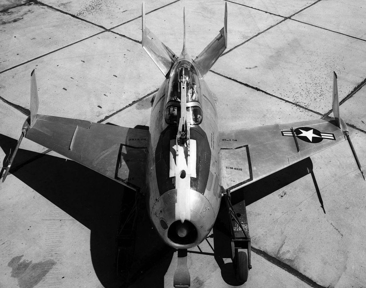 1280px-Mcdonnell_XF-85.jpg