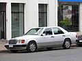 Mercedes Benz 300 E-24 1993 (9711082413).jpg