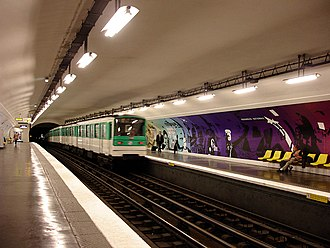 Assemblée Nationale (Paris Métro) - Image: Metro de Paris Ligne 12 Assemblee Nationale 01