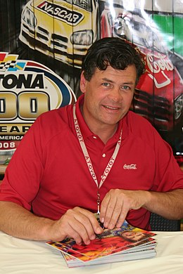 Description de l'image  Michael Waltrip 2008 Daytona 500.jpg.