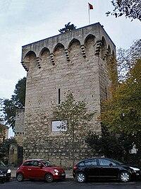 Montpellier tour des pins.JPG