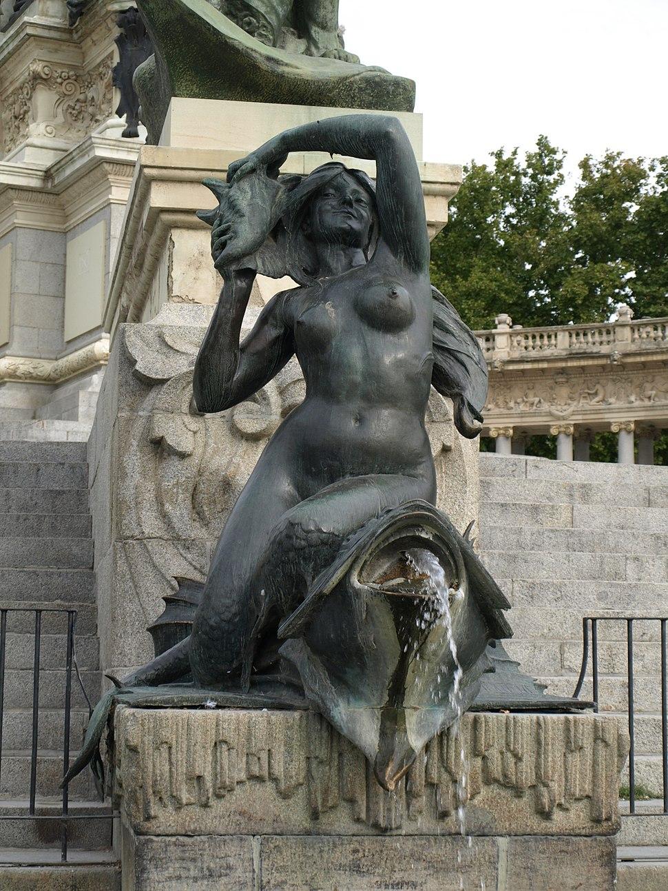 Monumento a Alfonso XII (Madrid) 11b