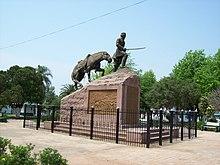 Monumento al General Madariaga, Paso de los Libres.jpg