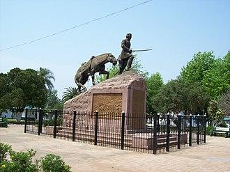 Paso de los Libres - Monument to General Joaquín Madariaga and the 108 Valiants.