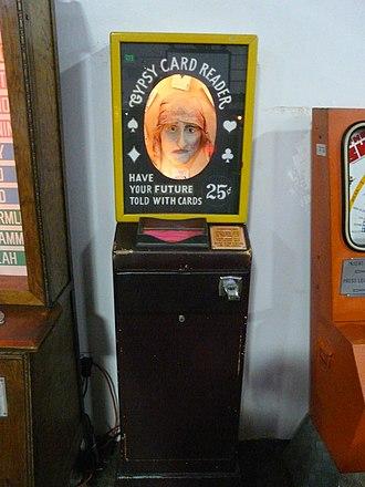 Fortune teller machine - Image: Musée Mécanique 064
