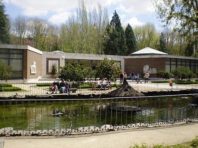 Jardines del Campo del Moro  640px-Museo_de_Carruajes_Madrid