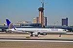 N78866 United Airlines 2002 Boeing 757-33N C-N 32591 (6861442124).jpg