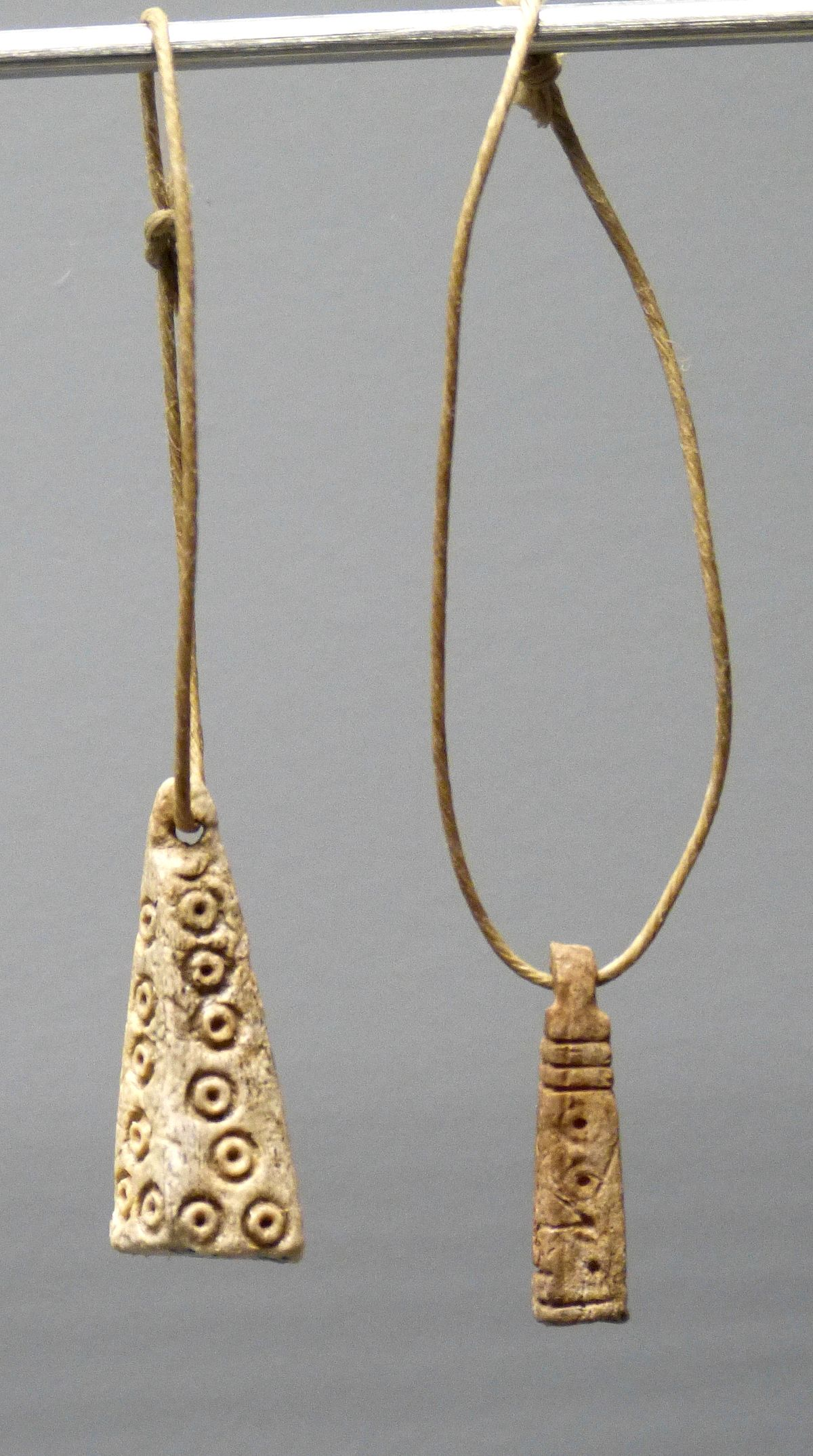 herkuleskeule amulett � wikipedia