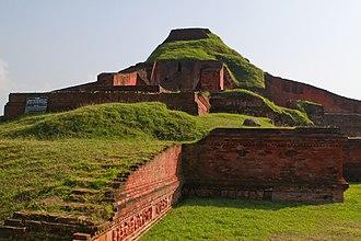 Somapura Mahavihara - Image: Naogaon Paharpur 11Oct 12 IMG 3696