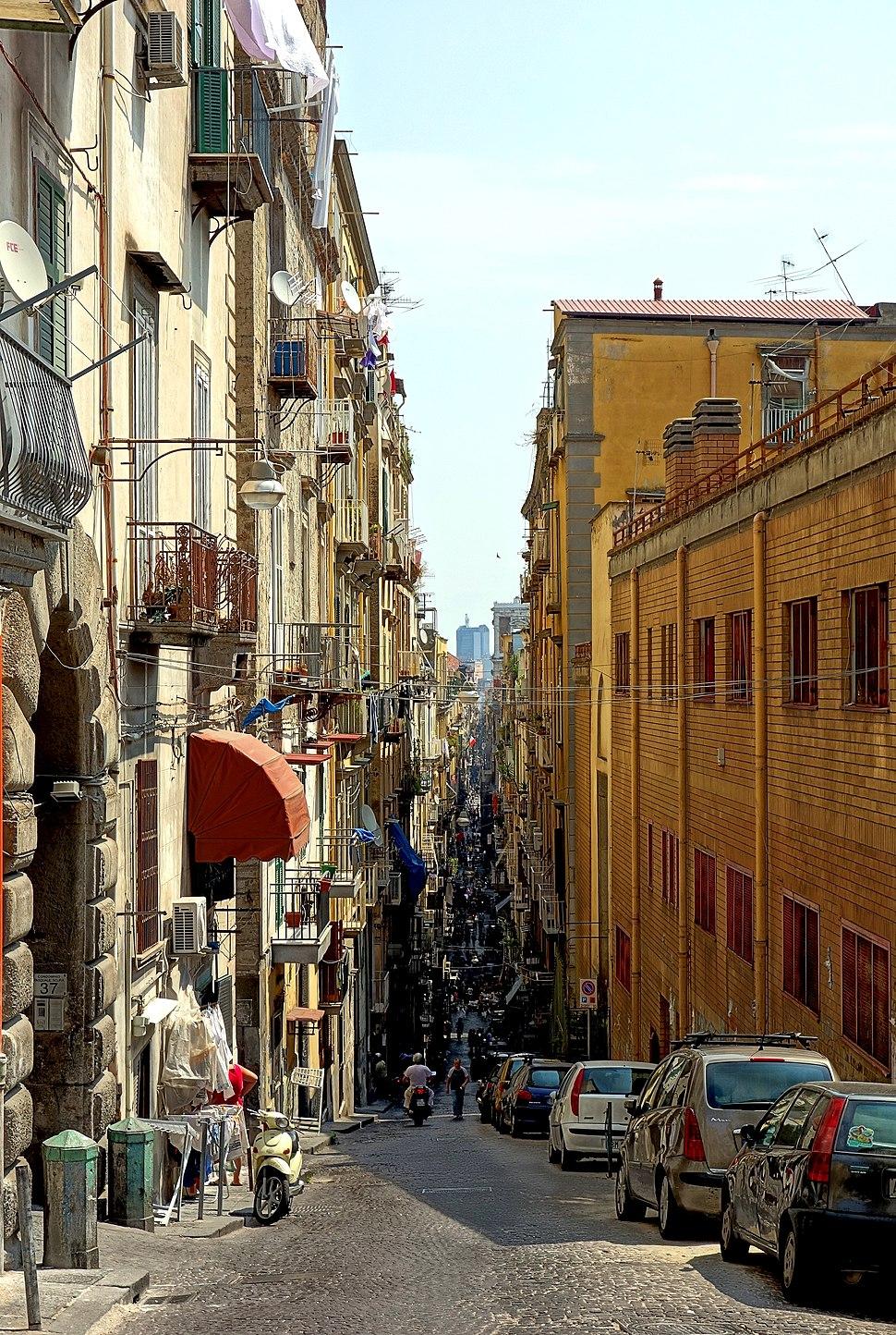 Naples spaccanapoli