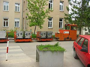 Geriatriezentrum Am Wienerwald Feldbahn - Food container waggons with locomotive