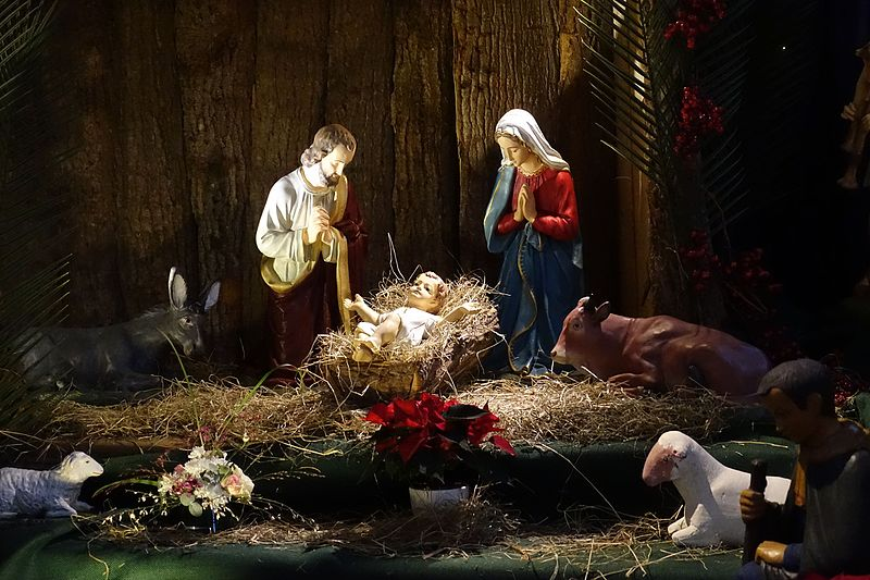 File:Nativity scene @ Eglise Notre-Dame de Lorette @ Paris (31523272300).jpg