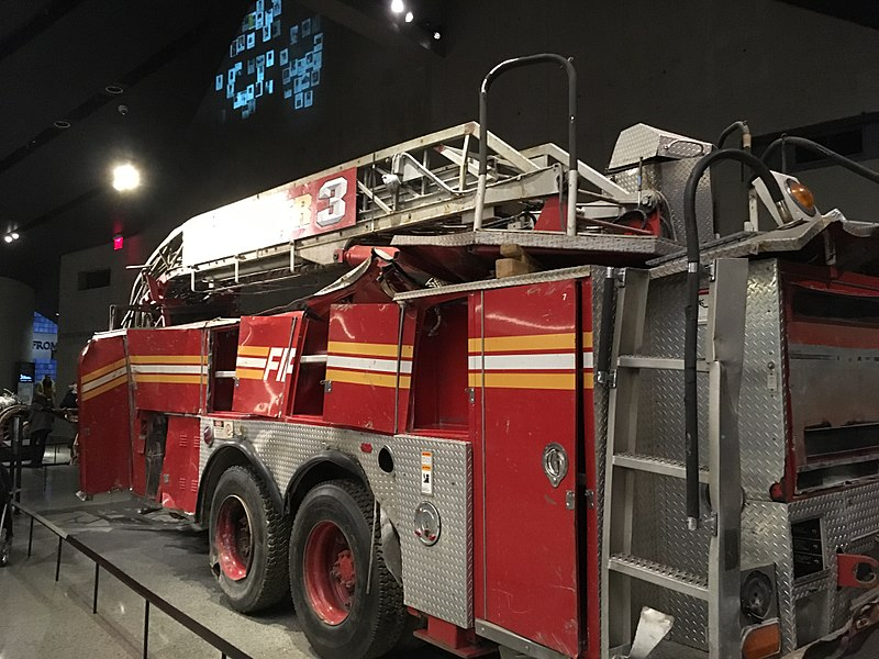 File:New York City 07 - Fire Engine destroyed in the September 11 attacks.jpg