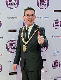 Niall Ó Donnghaile ĉe 2011 MTV Europe Music Awards.jpg