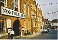 Norfolk Arms, Arundel - geograph.org.uk - 254469.jpg