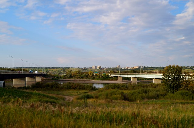 North Battleford by Tungilik [CC0], from Wikimedia Commons