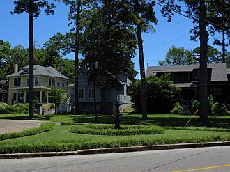Cloverdale Historic District - Houses along Galena Avenue in the Cloverdale Historic District