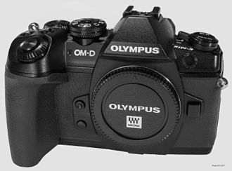 Olympus OM-D E-M1 - Olympus OM-D E-M1 Mark II