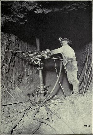 Copper Country strike of 1913–14 - A one-man drill in operation