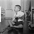 Opdrachten jongetje fam. J. A. Feeners Amsterdam, Bestanddeelnr 907-4860.jpg
