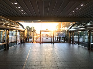 Orlando International Airport People Movers - Terminal platform for Airside 2 system