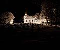Os kirke med kirkegården.jpg