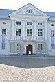 Ossiach Benediktinerstift Stiftshof Mittelrisalit 19092014 860.jpg