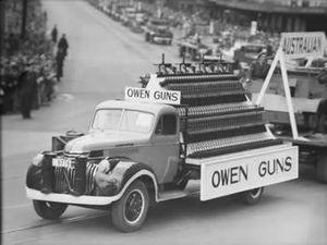 Owen Gun - Christmas parade in Sydney, 1942
