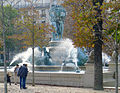 P1330727 Paris VI fontaine 4 parties monde rwk.jpg