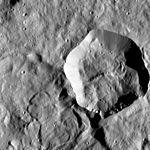 PIA20572-Ceres-DwarfPlanet-Dawn-4thMapOrbit-LAMO-image77-20160203.jpg