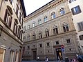 Palazzo Rucellai, Florencia, Italia, 2019 02.jpg