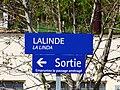 Panneau bilingue, français-occitan en gare de Lalinde, Dordogne, France (Avril 2013).jpg