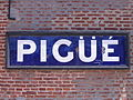 Panneau gare Pigüé.JPG