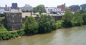Downtown Parkersburg as viewed from the Belpre Bridge in 2006