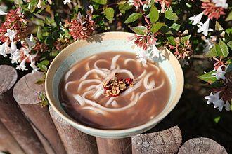 Adzuki bean - Image: Pat kalguksu (red bean noodles)