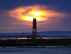 Paull's Red Lighthouse - geograph.org.uk - 746412.jpg