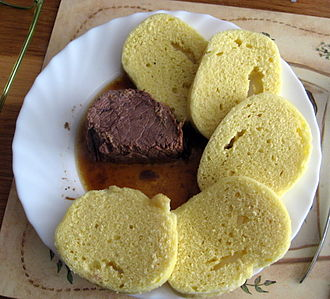 Knödel - Meat with Czech dumplings (knedlíky)