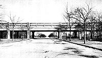 Pelham Parkway Subway Station c1918.jpg