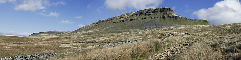 Panoramic view of Pen-y-ghent
