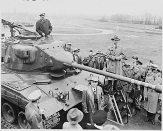 M41 Walker Bulldog - President Harry Truman with a T-41 prototype undergoing trials at Aberdeen Proving Ground.