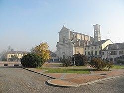 Piazza Italia (Quingentole).JPG