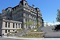 Place Vauquelin Montreal 27.jpg
