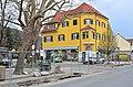 Poertschach Hauptstrasse Bahnhofplatz Haus Morokutti 22042013 988.jpg