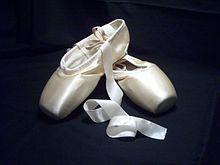 Disegno Di Una Ballerina : Plié di pagina i principi della danza classica accademica