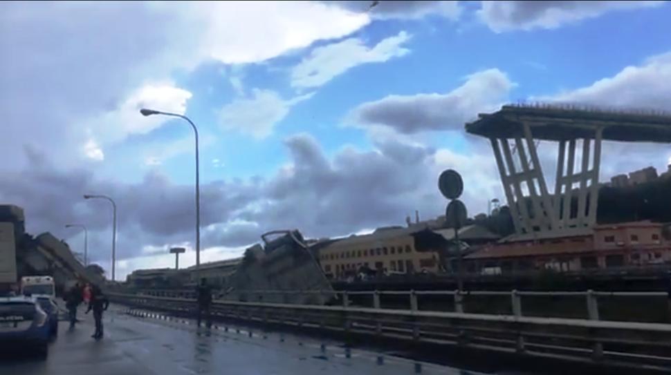 Ponte Morandi crollato2